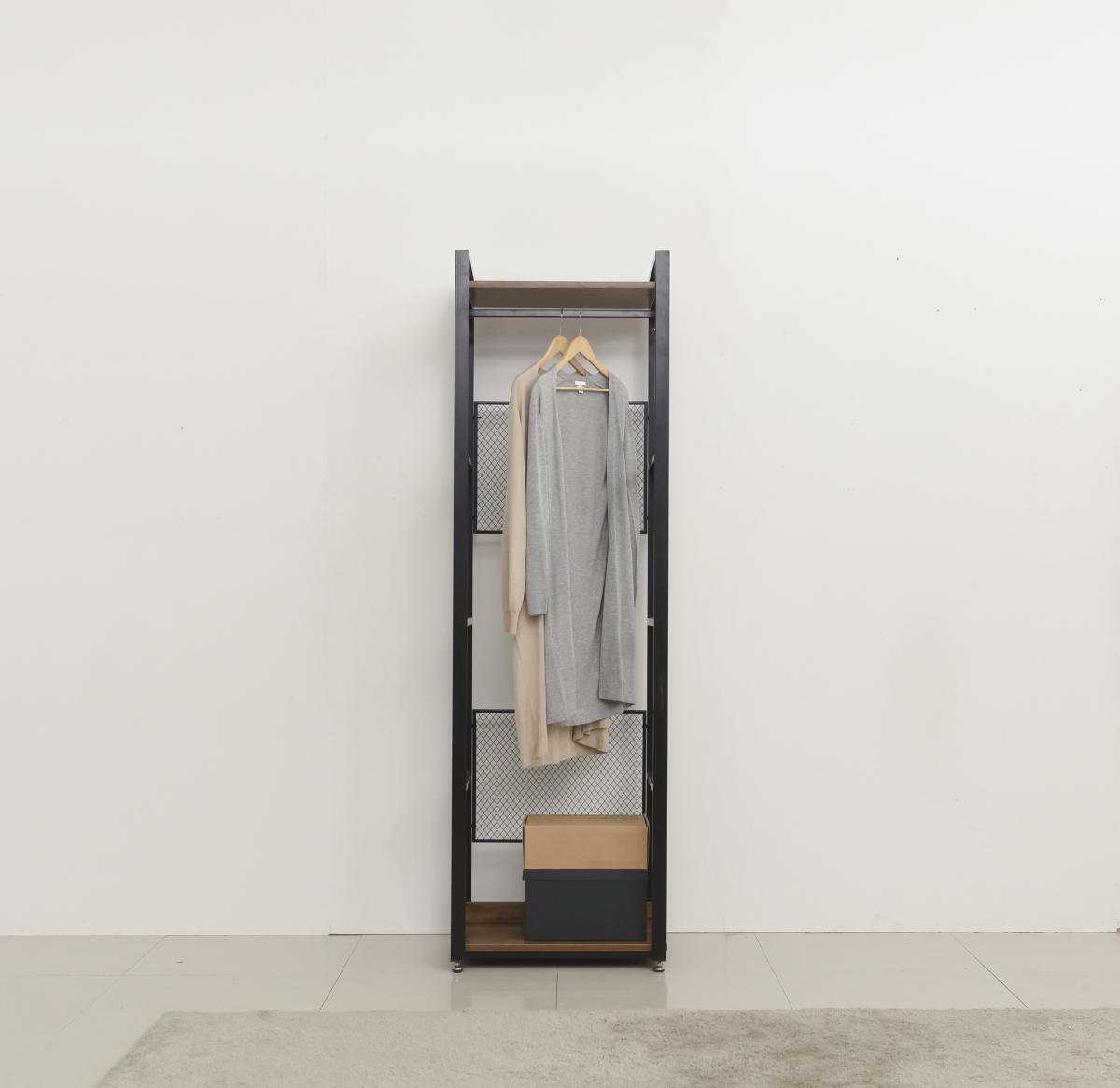 Frame, 2 Hangers, 2 Shelves